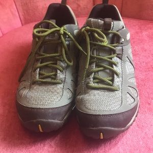 Merrell olive green hiking boots